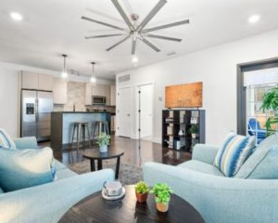 1750 Old Shell Road, Mobile, AL 36604 1 Bedroom Apartment