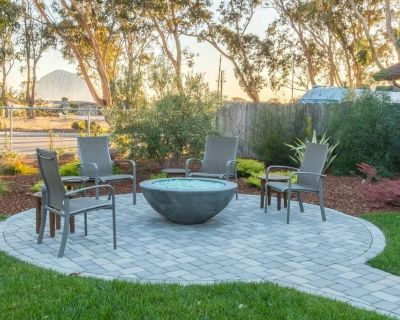 This house is a 3 bedroom(s), 2 bathrooms, located in Morro Bay, CA. - Morro Bay