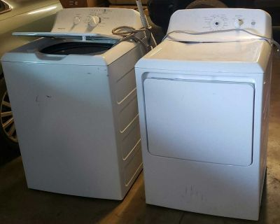 Hotpoint Washer and Dryer set.