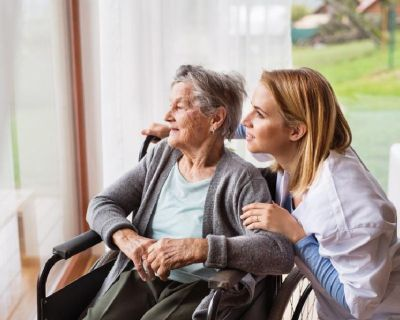 Require Extra Help? Hire an In-home Caregiver
