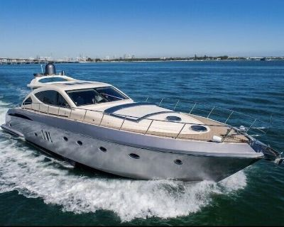 Yacht charter , Sunsekeer Manhatan 70 foot , 4 hours min , 6 hours max - Downtown Miami