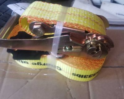 Brand new- 10000lb Ratchet straps