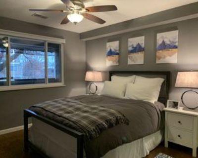 1772 S Trenton St #4, Denver, CO 80231 2 Bedroom Condo