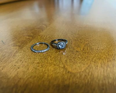 Size 7 Ring Set NEW