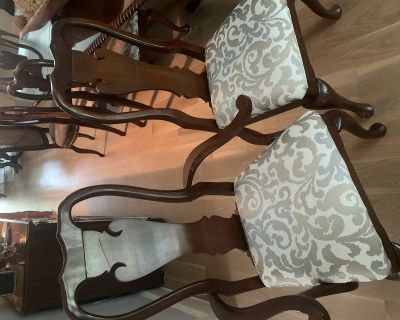 8 thomasville dining room chairs