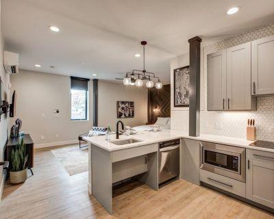 RALEIGH | Studio with Full Kitchen - Berkeley