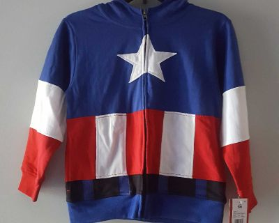 NWT Marvel Captain America Hoodie Size Small (I would say 8 / 10)