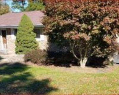 67153 Joella Dr #1, Saint Clairsville, OH 43950 5 Bedroom Apartment
