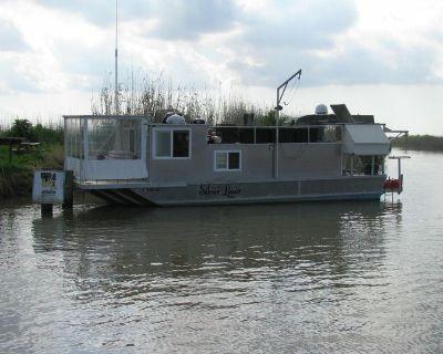 1999 House Boat Custom