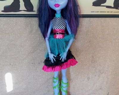 """Monster High 28"""" Voltageous Freaky Ghoul Doll"""