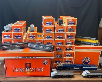 LARGE COLLECTION OF LIONEL TRAINS, US GOLD & SILVER COINS, THOMAS KINKADE ARTWORK, DIECAST MODELS &