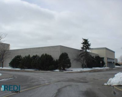 Burnsville Center Retail Space for Lease