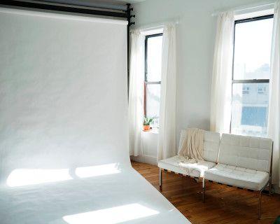 Williamsburg Bright Sunny Loft Photo Studio, Brooklyn, NY