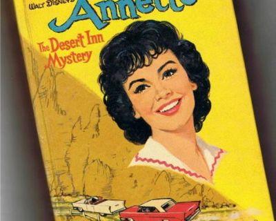 Mouseketeer Annette Funicello Vintage Book 1961 - Desert Inn Mystery