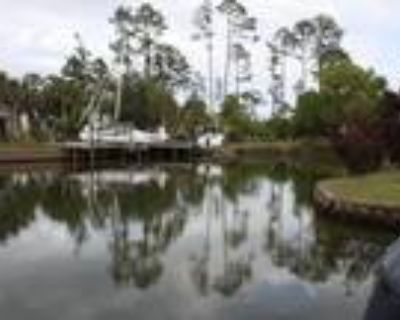 Beautiful Water Front Home with Covenants