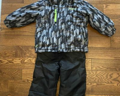 Gusti Winter Jacket and Snow Pants