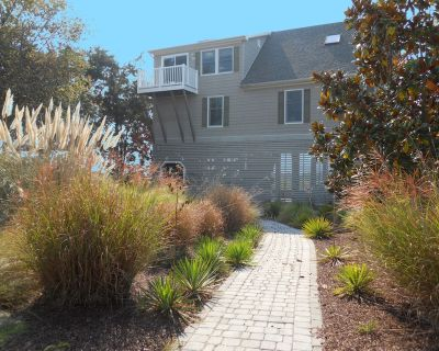 Relaxing Retreat - Steps to the Beach, Gorgeous Views & Private Dock - Broadkill Beach