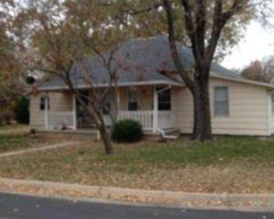 335 Hillcrest St, El Dorado, KS 67042 2 Bedroom House