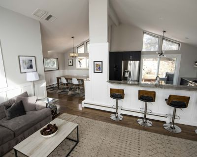Beautifully Remodeled Home in the Heart of Boulder - Panorama Heights
