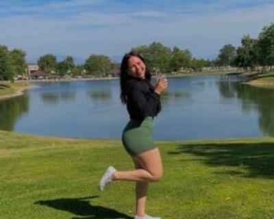Penelope, 19 years, Female - Looking in: Bakersfield CA