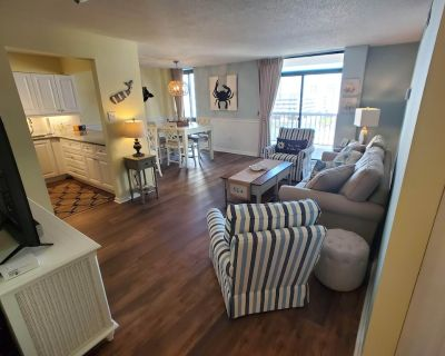 Beautiful 1 Bedroom Condo Steps From the Beach! - North Ocean City