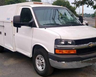 2011 Chevrolet Express Commercial Cutaway 3500 Work Van