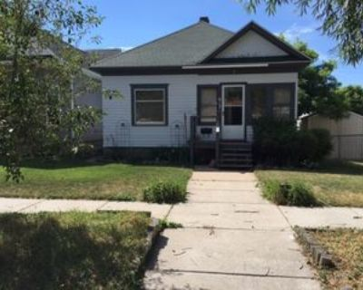617 W 25th St #1, Cheyenne, WY 82001 2 Bedroom Apartment