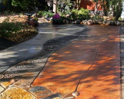 Enchanting 100 year old cottage nestled at end of uniquely designed driveway. - Old West Side