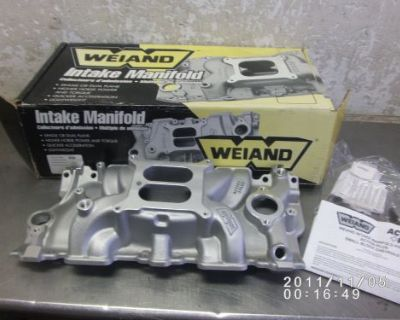 New Chevy Sbc 350 Weiand Action Plus #8120 Dual Plane 4-barrel Intake Manifold