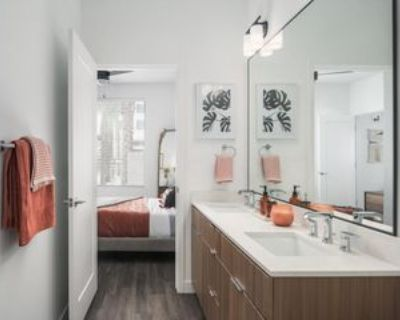 E Earll Dr #67856-0, Phoenix, AZ 85012 Studio Apartment