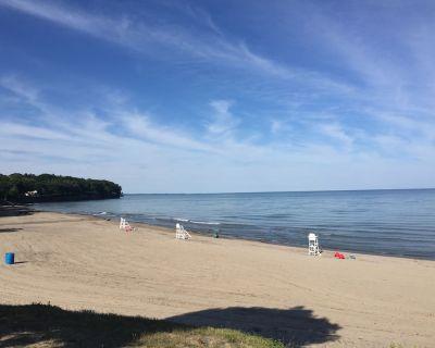 Newly remodeled Angola/Point Breeze, NY cottage on Lake Erie - Lake Erie Beach