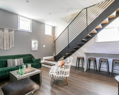 Centrally Located Carriage House DC Retreat / Private Home Rental - Le Droit Park