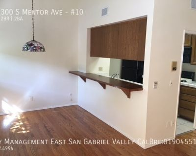 HIGH QUALITY TWO BEDROOM CONDO IN PRIME SOUTH LAKE DISTRICT NEIGHBORHOOD