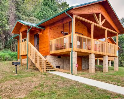 River Views at this New Pigeon Forge Log Cabin! - Pigeon Forge