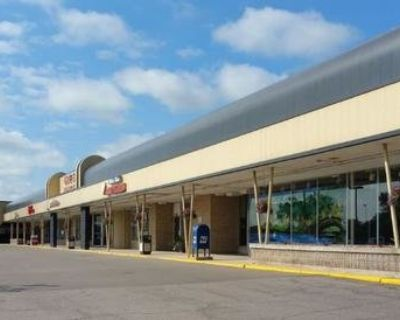 White Bear Lake Shopping Center Available for Lease