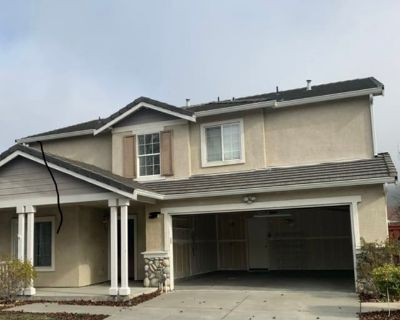 Private room with shared bathroom - Vallejo , CA 94591