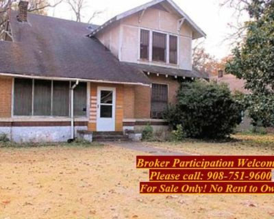 Single Family 4 Bedroom Only $17,900.
