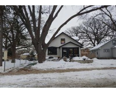 3 Bed 1 Bath Preforeclosure Property in Minneapolis, MN 55406 - Snelling Ave