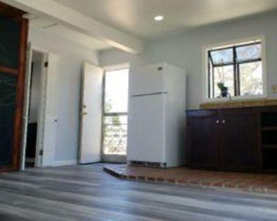 2037 W Avenue M4, Palmdale, CA 93551 1 Bedroom Apartment