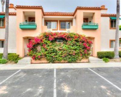 310 Villa Point Dr, Newport Beach, CA 92660 1 Bedroom Condo