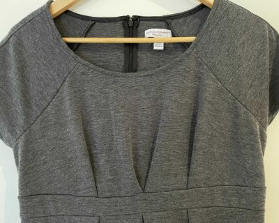 Charcoal grey - Lizlange maternity dress size M- excellent condition