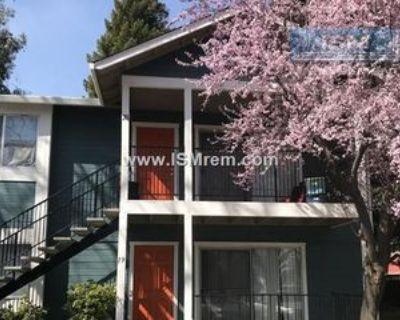 621 Pomona Ave #8, Chico, CA 95928 2 Bedroom Apartment