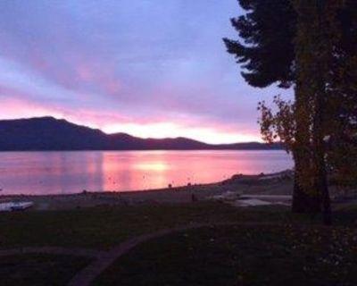 Beautiful Lakefront Cabin - Lake Almanor Country Club