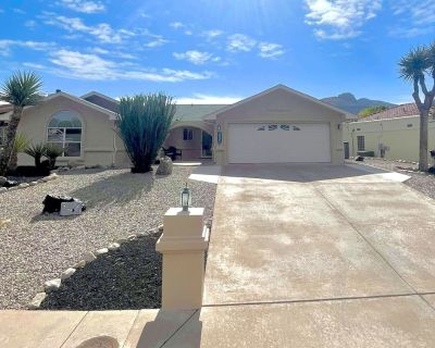 Comfy Golf Patio Home: 3 Beds w/Garage TDY|Nursing|Monthly - Alamogordo