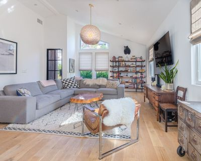 Exclusive Home, Terraced Sun filled yard, Highland Park Los Angeles - Los Angeles
