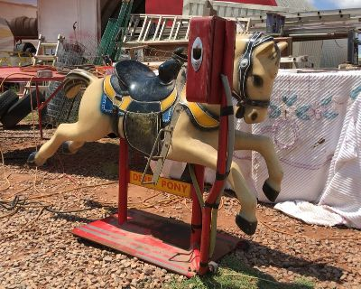 DERBY PONY COIN OPERATED RIDE