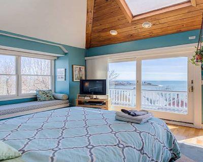 Romantic Ocean & Boston Skyline Views - From an Exclusive Outdoor Hot Tub! - Swampscott