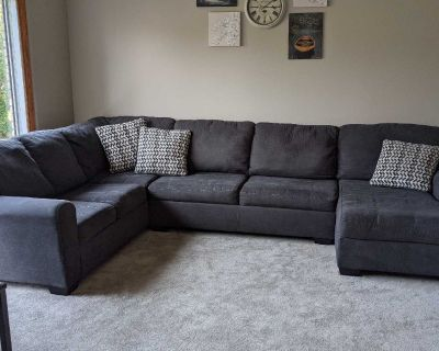 Large sectional/couch/sofa