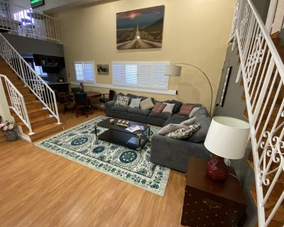 CLEAN/DISINFECTED Pool Table/Movie Home - Beach/Hollywood/Universal P19 - Encino