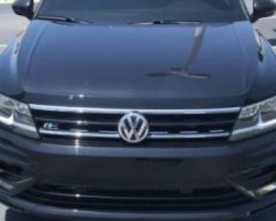 2020 Volkswagen Tiguan SE R-Line Black